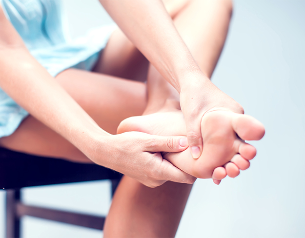 8 Common Causes Of Foot Arch Pain